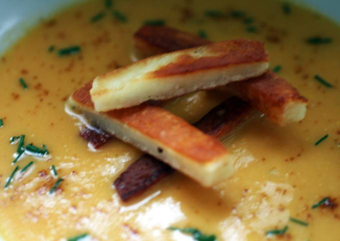 Sig's Onion and Sweet Potato Soup with Halloumi Chips