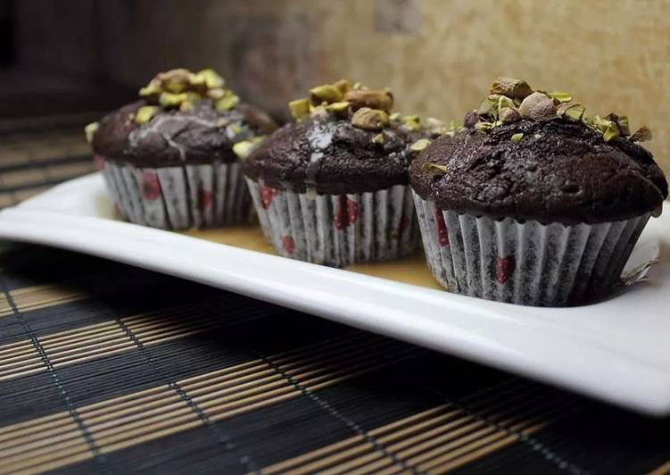 Recipe: Delicious The Simplest Choclate Cup Cakes EVER!