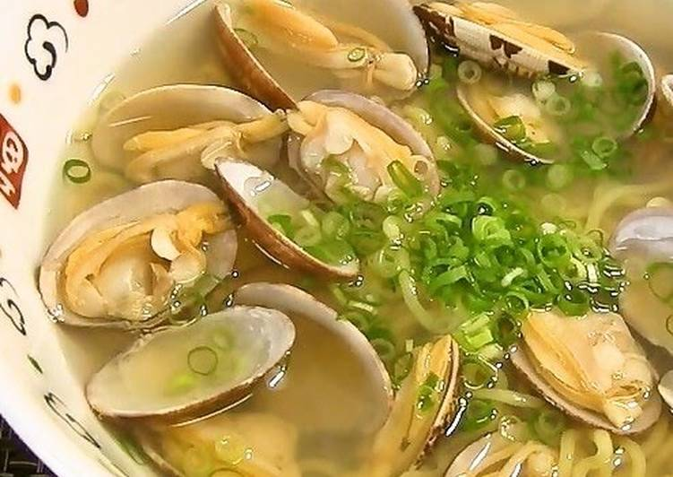 How to Prepare Speedy Shio Ramen with Clams