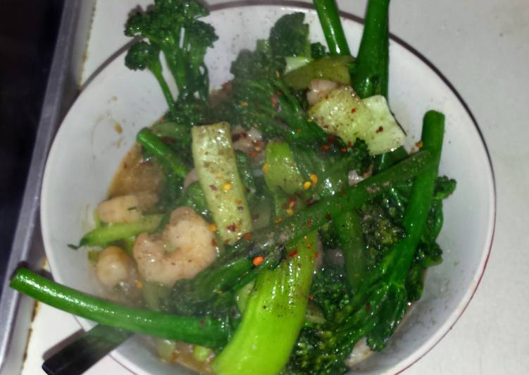 Wok-fried prawns with broccoli and bok choy