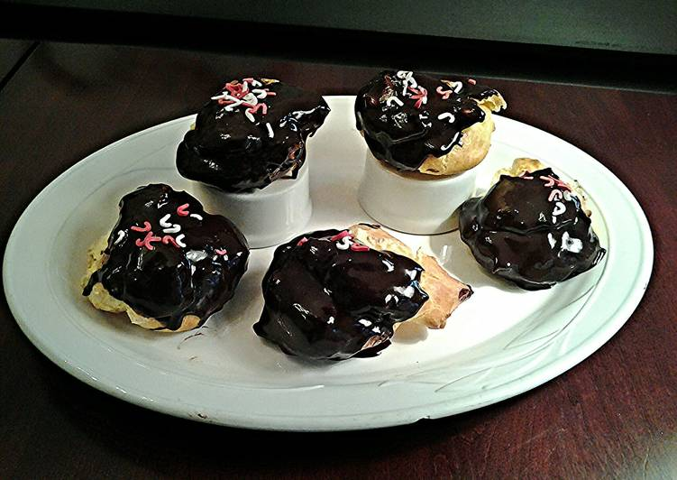 Easiest Way to Prepare Tasty Cream Puffs with French Vanilla Cream Filling