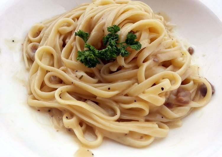 Carbonara Mushroom Linguine