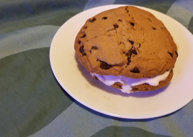 Icecream sandwich