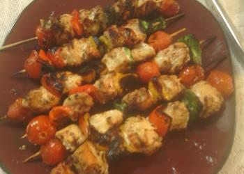 Easiest Way to Make Yummy sunshine s grilled chicken kabobs