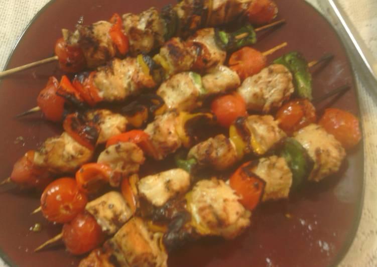 Steps to Make Award-winning sunshine 's grilled chicken kabobs
