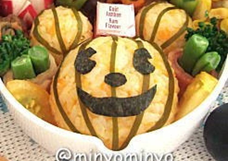 How to Cook Perfect Mickey Mouse Halloween Character Bento