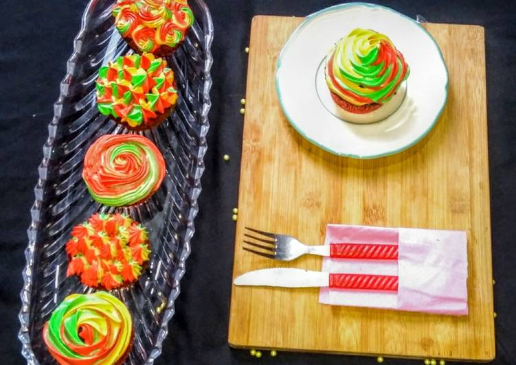 Step-by-Step Guide to Make Ultimate 3 colour Cupcakes