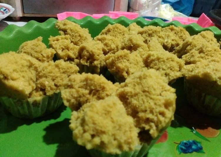 cara mengolah Bolu Gula Merah/Sarang Semut - Sajian Dapur Bunda