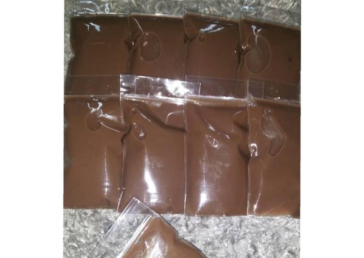 resep cara membuat 19. Puding Sedot (Pudot) Coklat