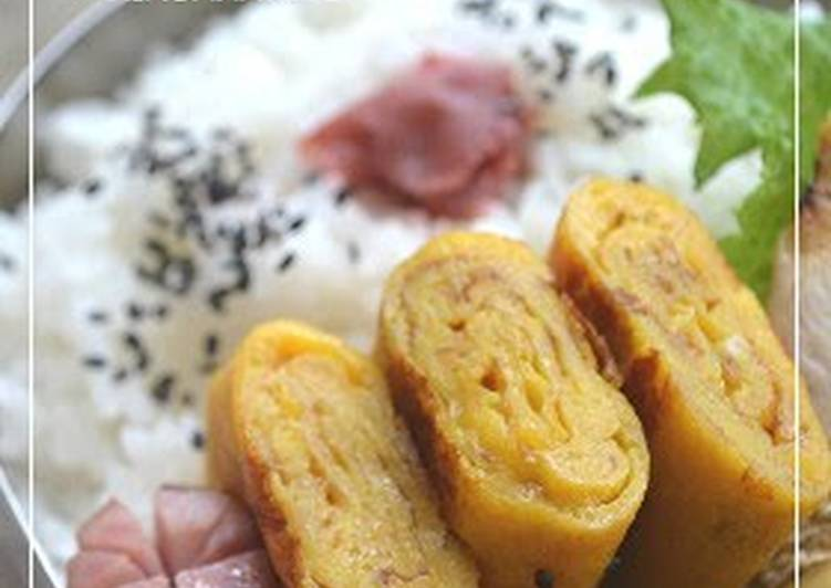 Sweetened Tamagoyaki Rolled Omelette for Bento