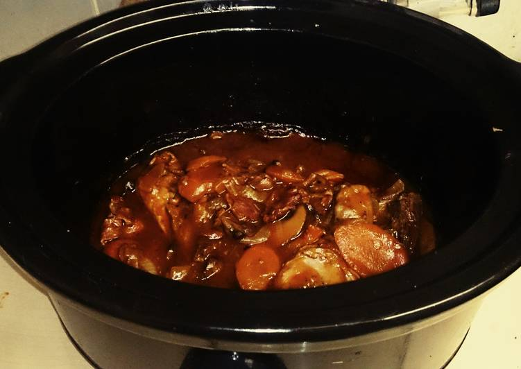 Tex's Killer Slow Cooker Coq Au Vin 🐔🐷 🍷🍅