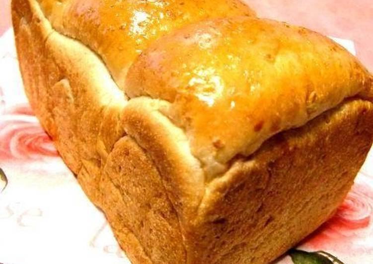 Recipe of Ultimate Fluffy & Moist Oatmeal Bread