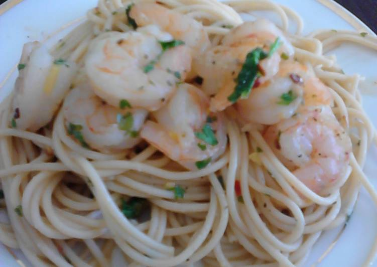 Easiest Way to Make Appetizing Spicy shrimp scamp pasta