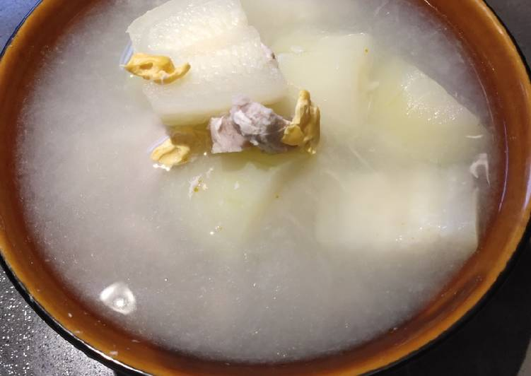 Salted Egg Melon Soup
