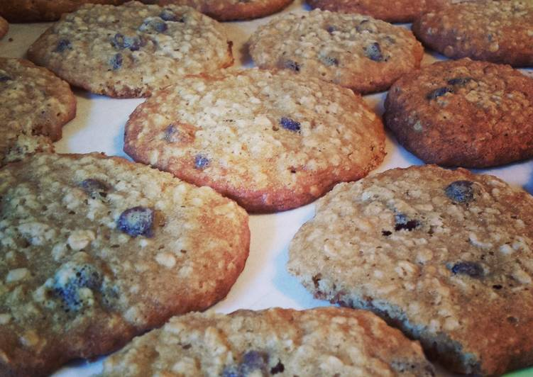 Recipe: Delicious Banana-Oatmeal Chocolate Chip Cookies