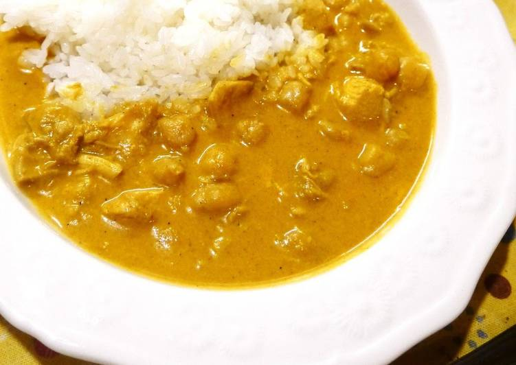 Steps to Prepare Homemade Nepalese Curry with Chickpeas and Chicken