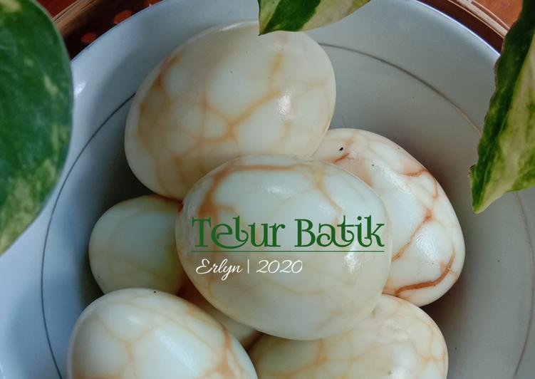 60. Telur Batik