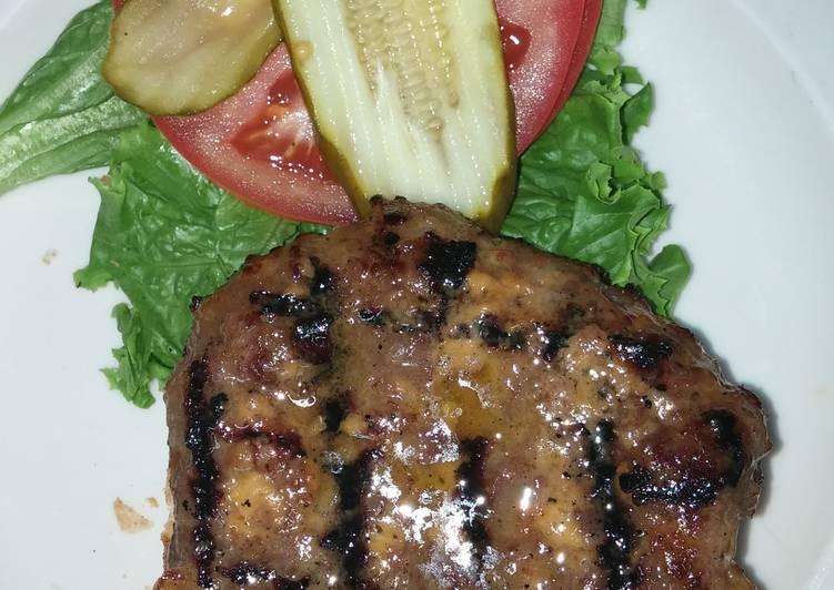 Simple Way to Prepare Perfect Easy Jalepeno- Cheddar Bratwurst burger