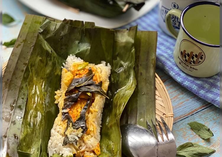 Simple Way to Make Quick Grilled Rice in Banana Leaves/Nasi Bakar