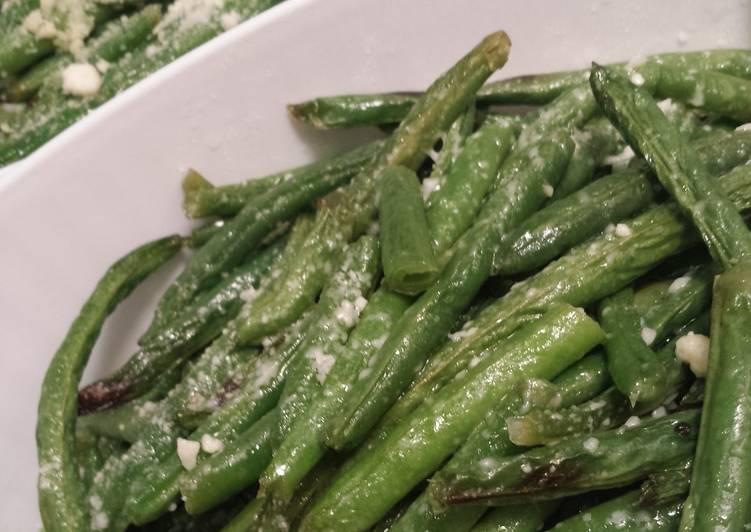 Parmesan Garlic String Beans
