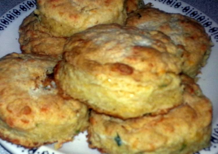 Cornmeal cheddar cheese garlic chive biscuits