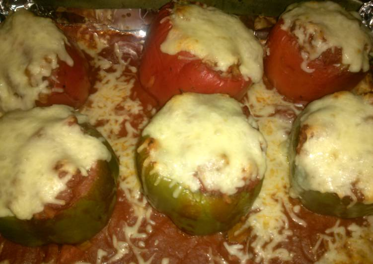 Stuffed Peppers with Beef and Rice