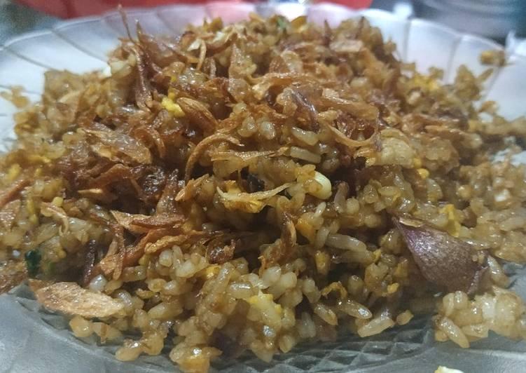 Resep Nasi Goreng Kering ala Resto Bikin Ngiler