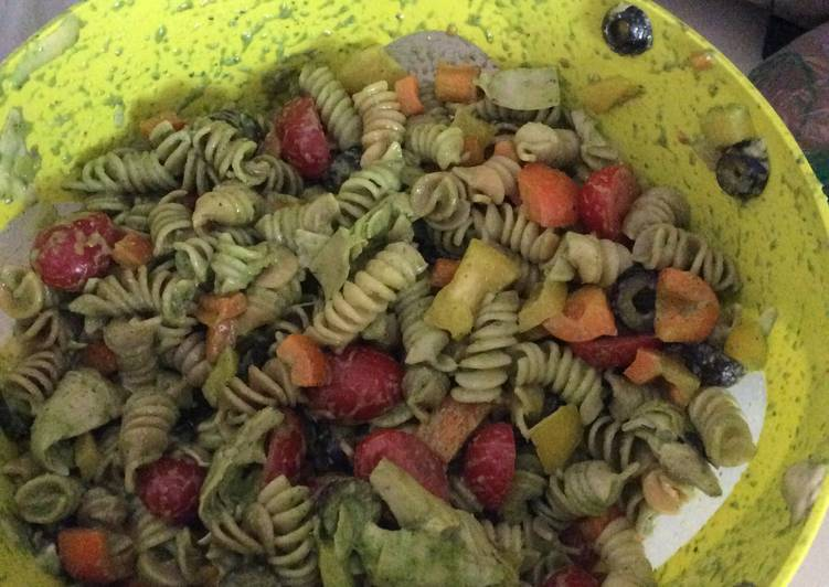 Basil Veggie Pasta Salad