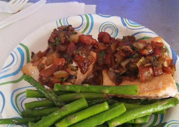 baked salmon w tomato cilantro relish