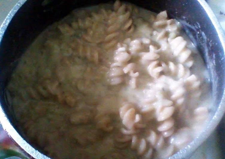 Cream Of Broccoli Soup w/ Wheat Pasta