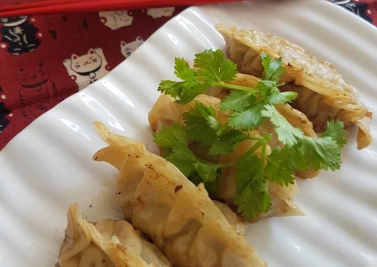 Recipe: Yummy Gyoza