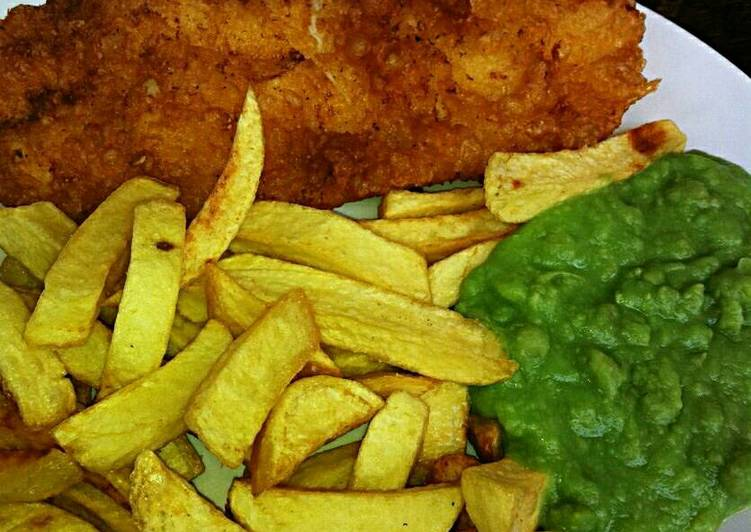 Simple Way to Prepare Homemade Guys Tex's Proper Beer-Battered Fish & Chips with Mushy Peas 🐠🍟
