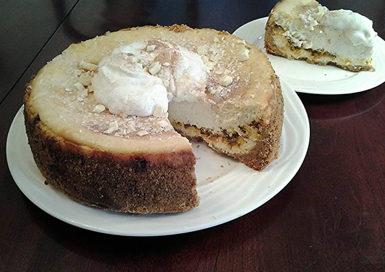 Cinnamon Spice Creamy Cheesecake