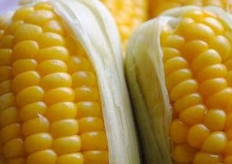 So Sweet! Steamed Corn on the Cob