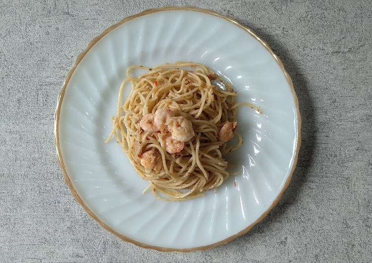 Tuna Shrimp Aglio Olio