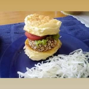 Hamburguesa de lenteja con pan NUBE ? (Sin harina)