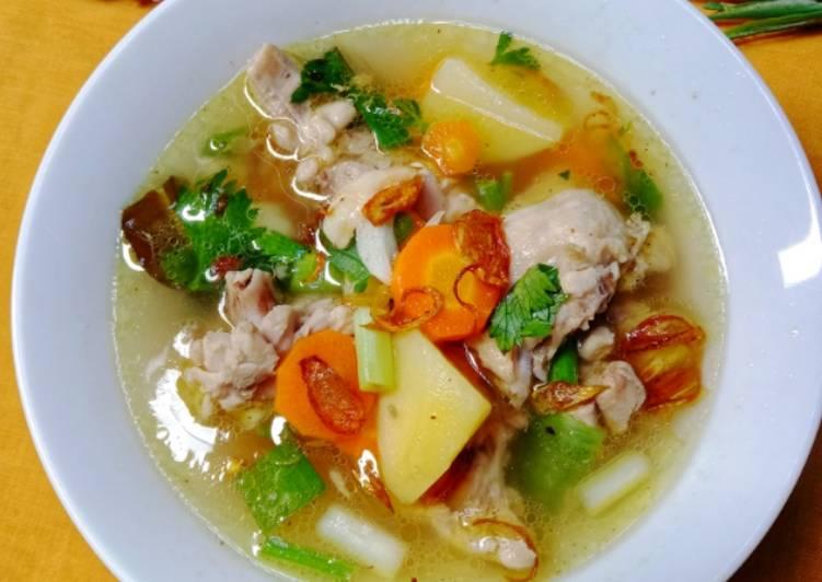 Sop Ayam Ala Pak Min Klaten. Segar dan Enak, Wajib Dicoba