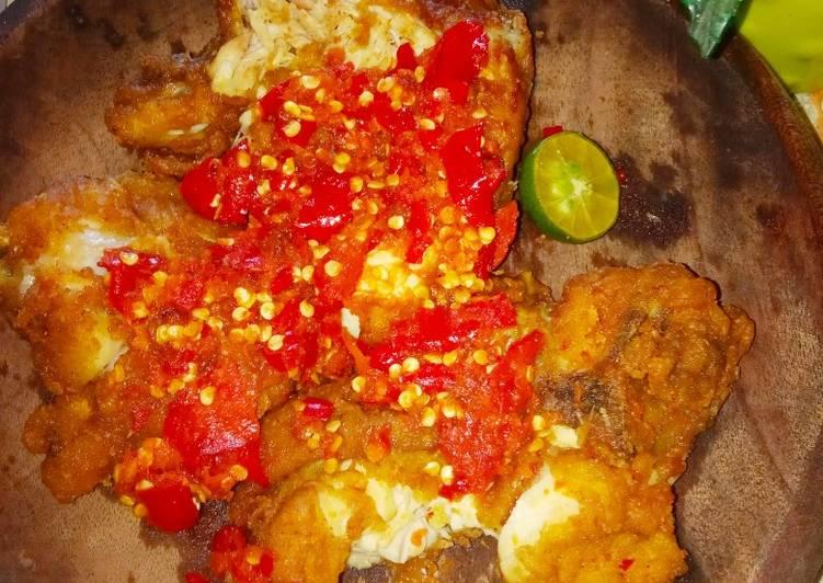 Recipe: Yummy Ayam geprek setan