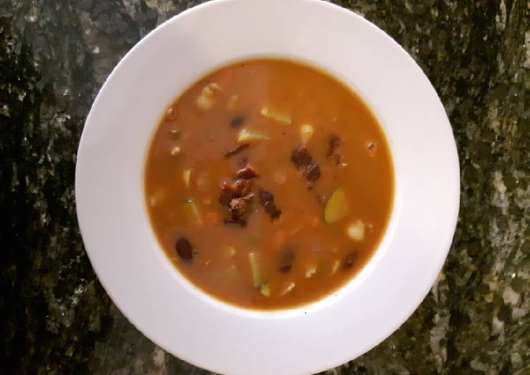 How to Make Homemade Creamy Minestrone Soup