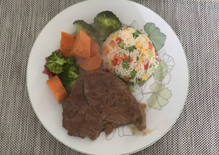 Beef Shoulder steaks with veggies