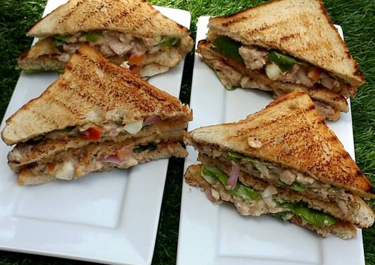 Simple sardines sandwich