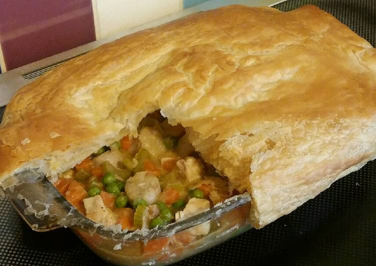 Vickys Chicken & Sausage Pot Pie, GF DF EF SF NF