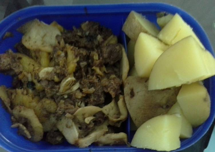 Simple Way to Prepare Perfect Beef Pine-Apple