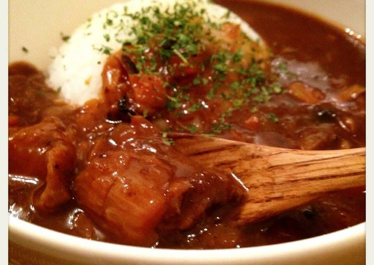 Melt-In-Your-Mouth Beef Tendon Curry