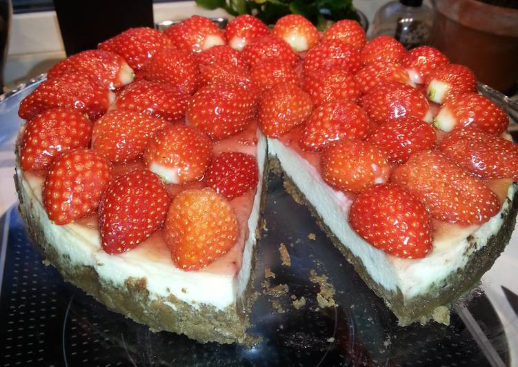 Recipe: Appetizing Strawberry Cheesecake