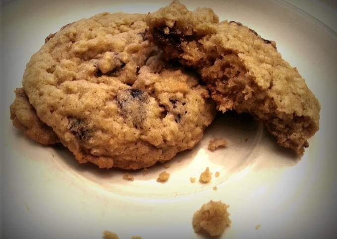 Secret to Prepare Crunchy Soft and Chewy Oatmeal Cookies