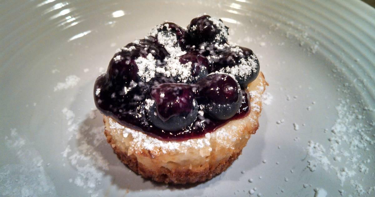 Mini Lemon and Blueberry Cheesecake Cupcakes