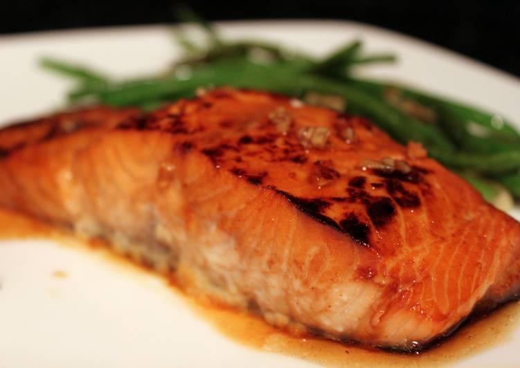 10 Minute Recipe of Ultimate Honey Garlic Salmon