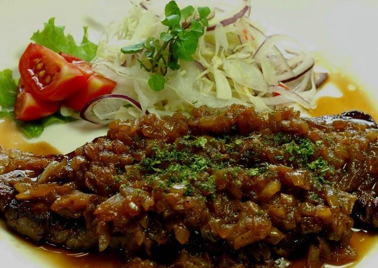What is Dinner Easy Winter Beef Steak with Onion Sauce