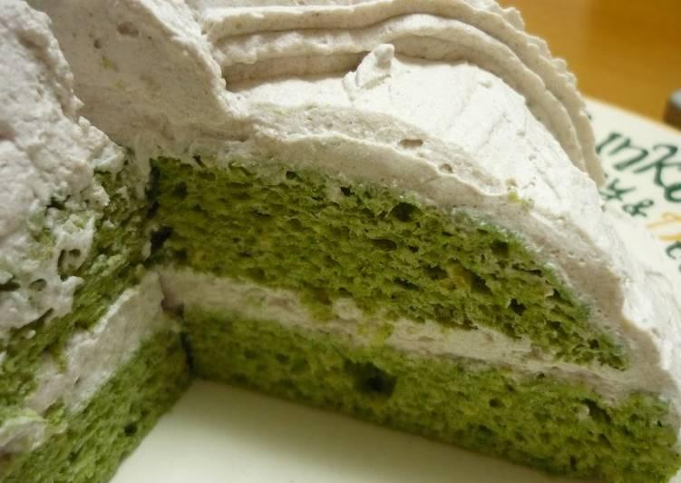 Low Sugar Matcha Cake